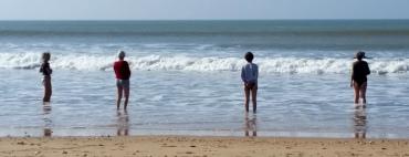 Quatre amies à la plage